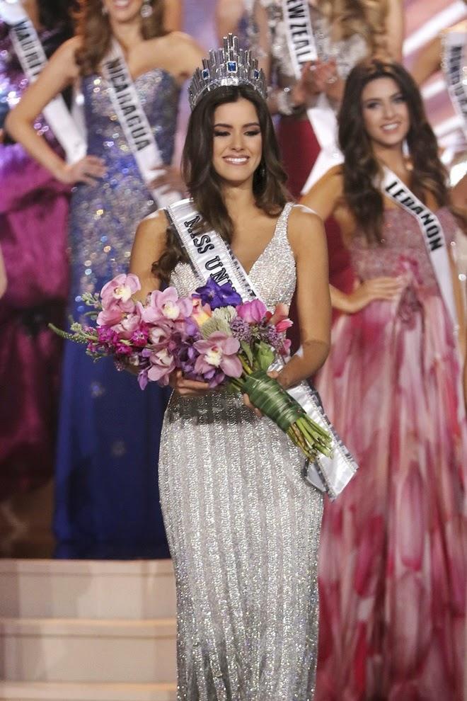 Miss Universo pide oportunidad para mostrar inteligencia