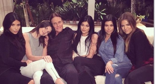 Dinastia Kardashian respaldan decisión de Bruce Jenner