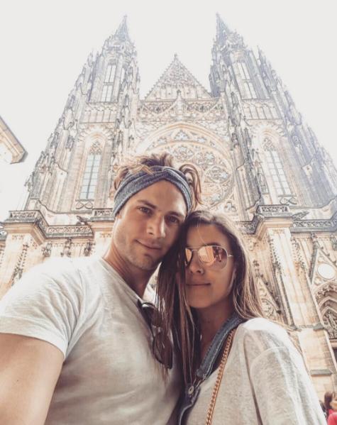 Paulina Goto vive su amor en Europa