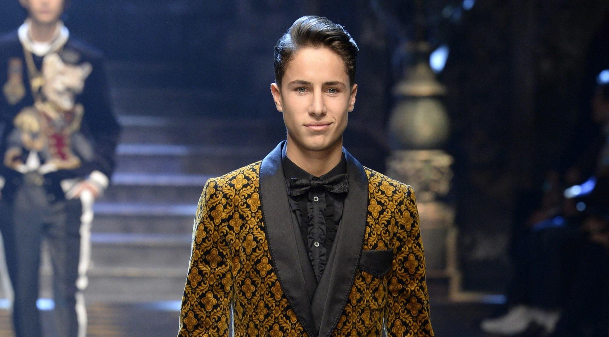 De youtuber a modelo, Juanpa Zurita con Dolce & Gabbana