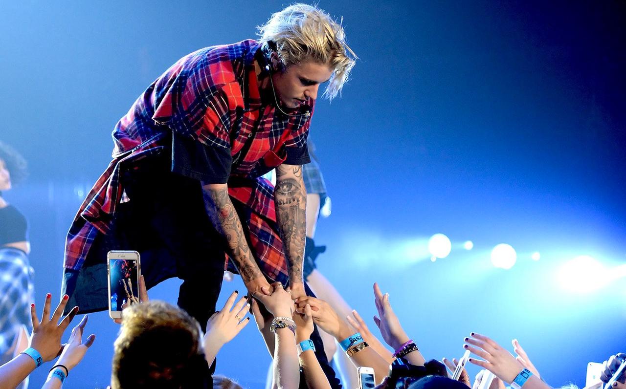 Sorprende Justin Bieber con remix en español