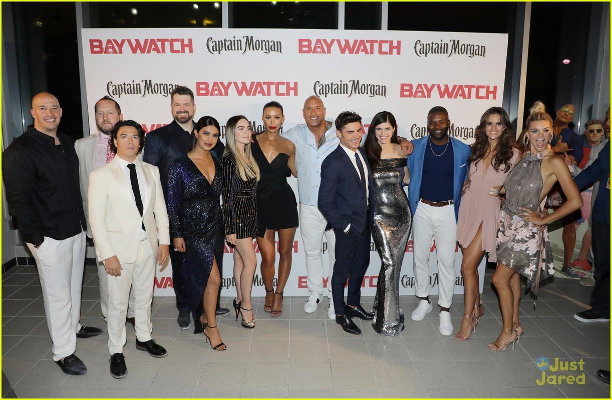 "Belinda en la premiere de ""Baywatch"""