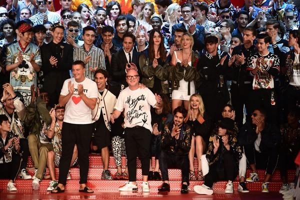Diego Boneta y Juanpa Zurita en Dolce & Gabbana Milan Men's Fashion Week Spring/Summer 2018